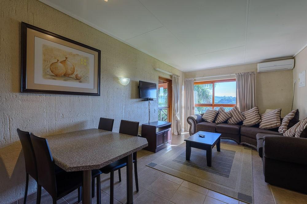 One Bedroom Standard 10425 - Living Area