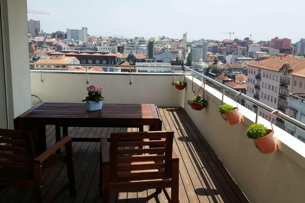 Premium Penthouse, 2 Bedrooms, Terrace, City View - Balcony