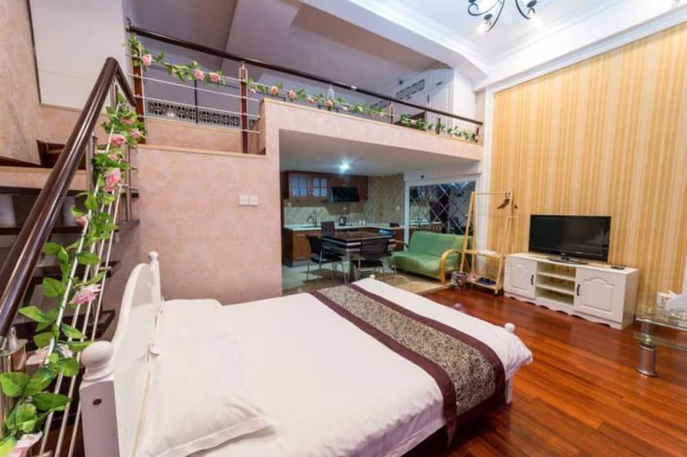 Comfort Loft (1 Double Bed) - Room