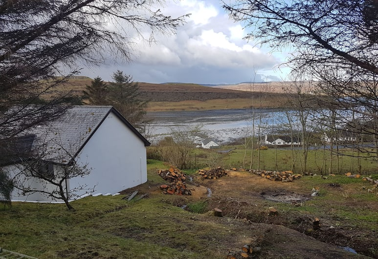 Loch Eyre Cottage, Portree, View from Hotel