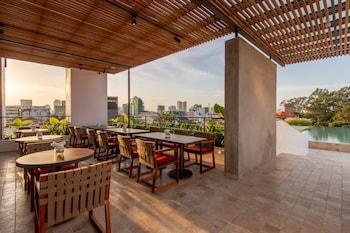 Φωτογραφία του Penh House Hotel, Πνομ Πεν