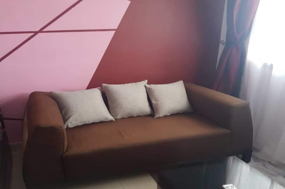 City Studio, 1 Bedroom, City View - Living Area