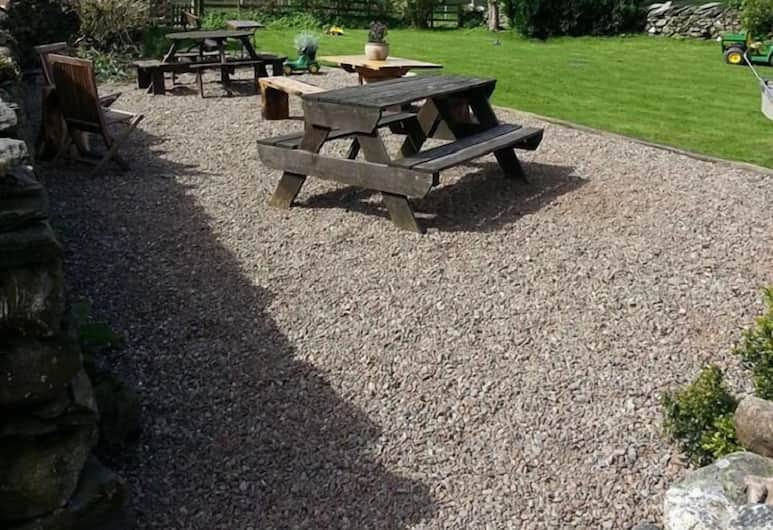 Littletown Farm Guesthouse, Keswick, Property Grounds