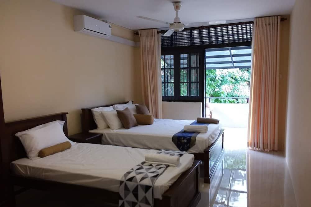 Standard-Bungalow, 5Schlafzimmer - Balkon