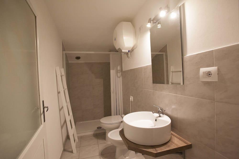Habitación doble, baño compartido - Cuarto de baño