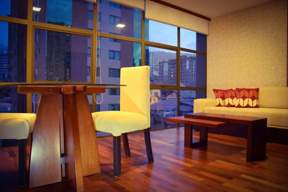 Apartment, 1 Bedroom (Twin) - Living Room