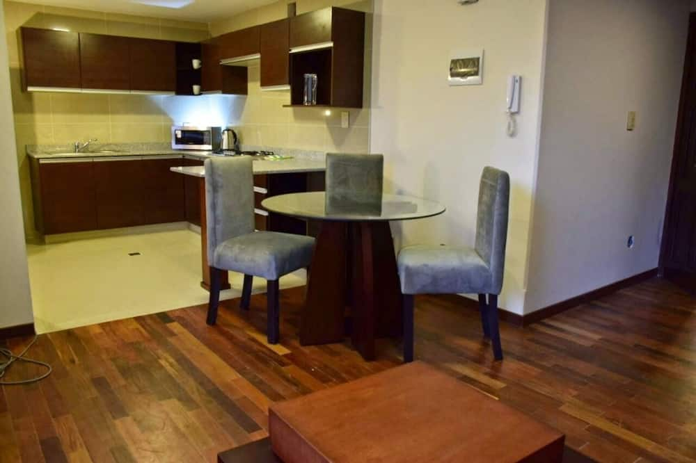 Apartment, 1 Bedroom (Twin) - In-Room Dining