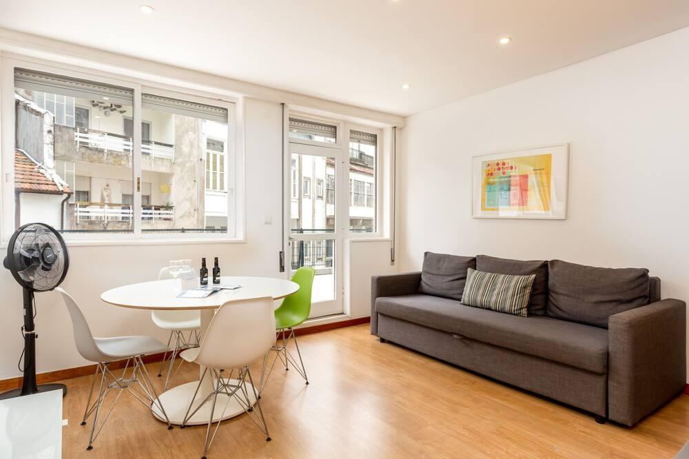 Apartment, 2 Bedrooms, Terrace (1 DT) - Living Room