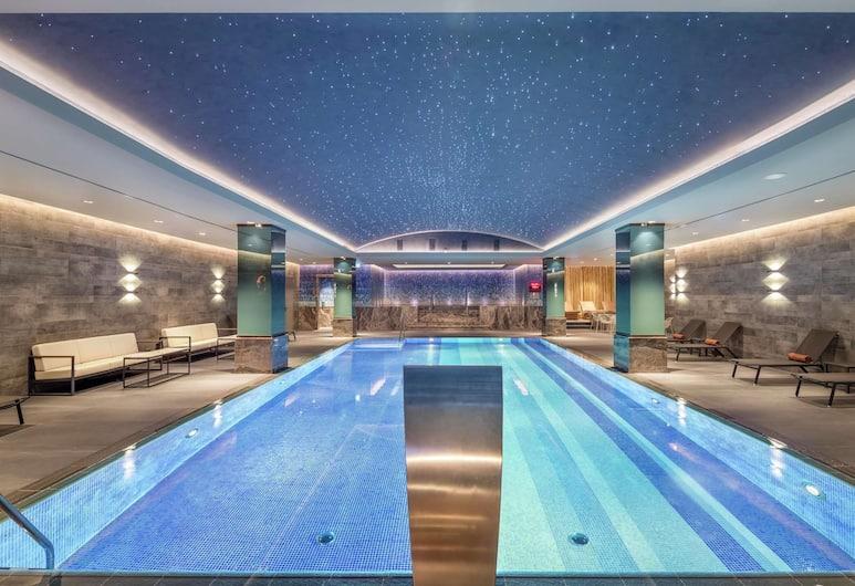 DoubleTree by Hilton Skopje, Skopje, Pool