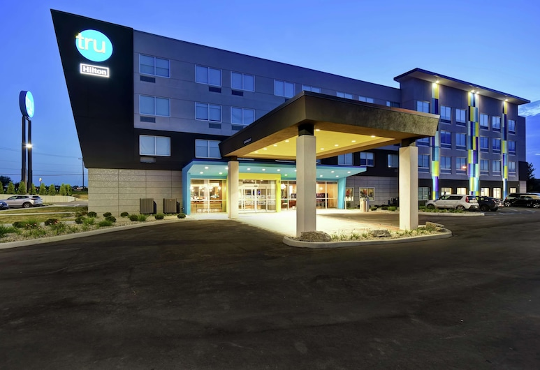 Tru by Hilton Fort Wayne, IN, Fort Wayne, Exterior