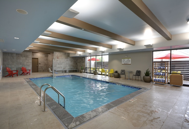 Home2 Suites by Hilton Portland Airport, South Portland, Pool