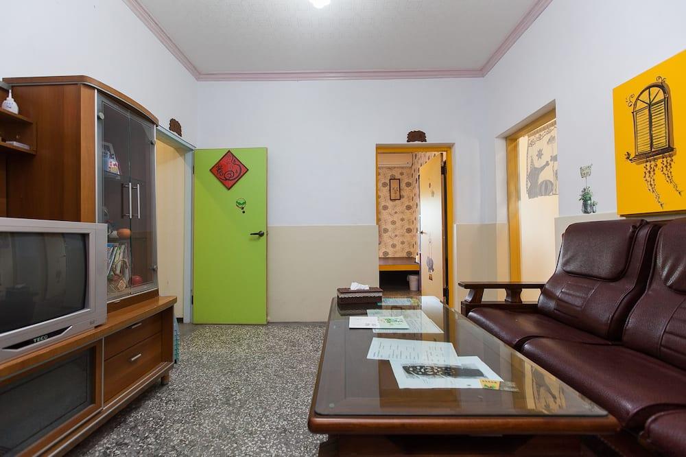 Pusluksusa četrvietīgs numurs, vairākas gultas - Dzīvojamā zona