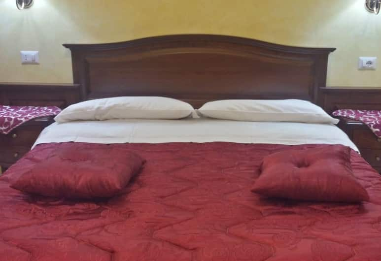 Pitagora House, Rome, Guest Room