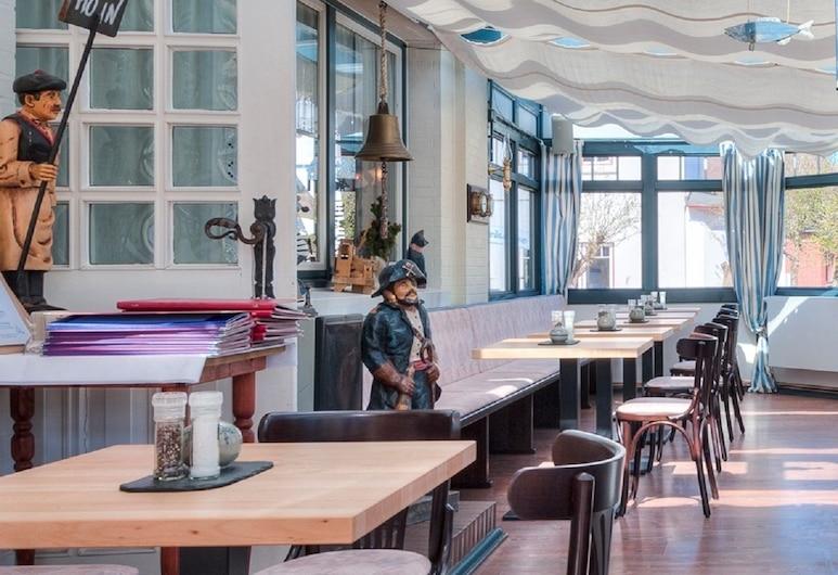 Hotel Morgensonne, Büsum, Lobby Sitting Area