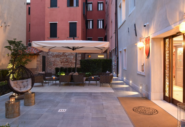 Santa Croce Boutique Hotel, Venice, Hotel Front