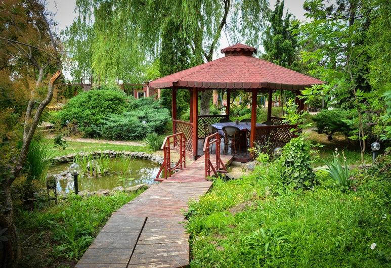 Hotel Senator, Timisoara, Jardín