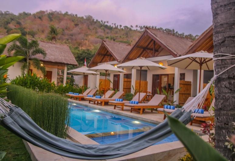 Cozy Cottages Lombok, Senggigi, Sundlaug