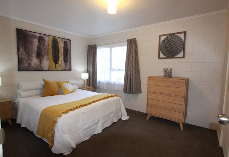 Rose Apartments and Spa, Rotorua, Superior-Apartment, 2 Schlafzimmer, Whirlpool (Unit 2), Zimmer