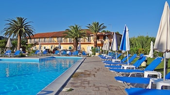 Picture of Egrypos Hotel & Apartments in Corfu