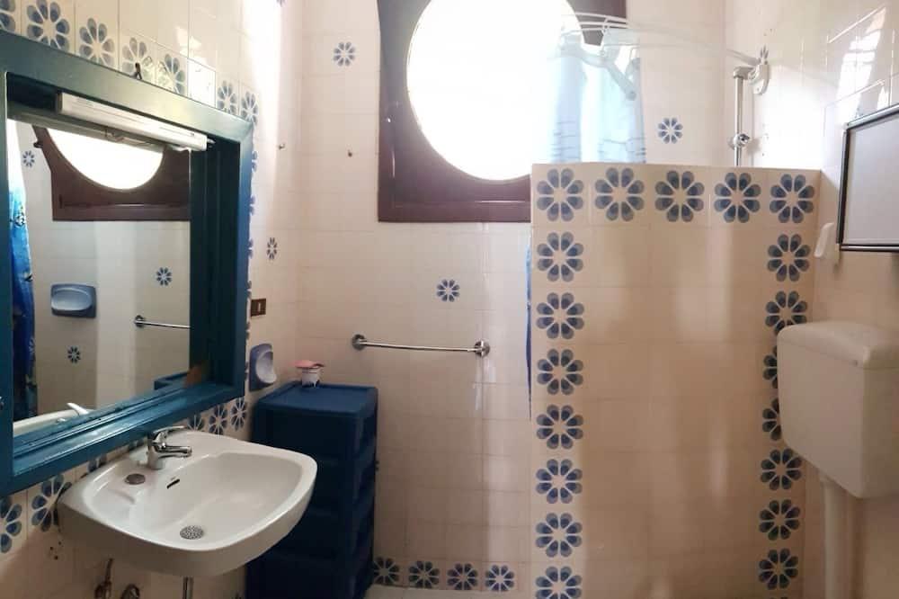 Family Villa, 4 Bedrooms - Bathroom