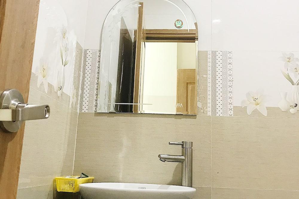 베이직 싱글룸, 더블침대 1개, 금연 - 욕실