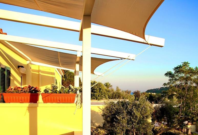 Belvedere, Procida, Terrace/Patio
