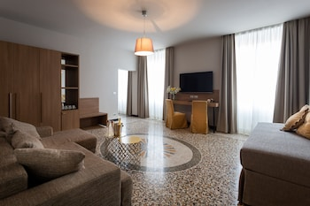 Picture of HNN Luxury Suites in Genoa