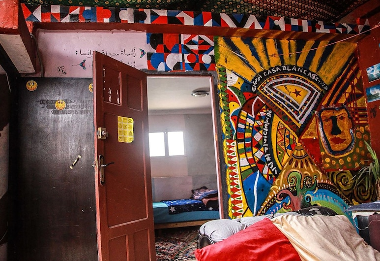 Medina Guesthouse, Casablanca, Economy Quadruple Room, Guest Room