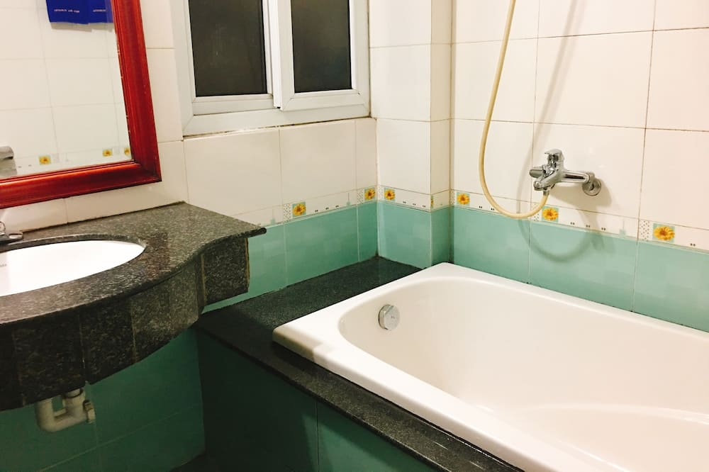 Kamar Double Deluks, pemandangan kebun (Sea Style) - Kamar mandi