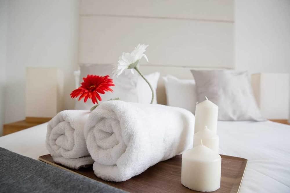 City Apartment, 4 Bedrooms - Room