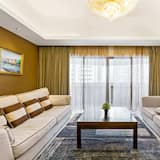 Exclusive Apartment, 4 Bedrooms - Living Room