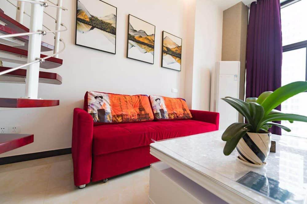 Deluxe Loft - Living Room