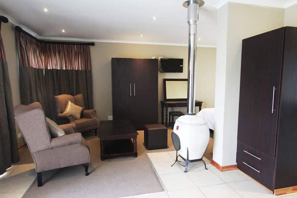 Luxury Double Room, Lake View - Living Area