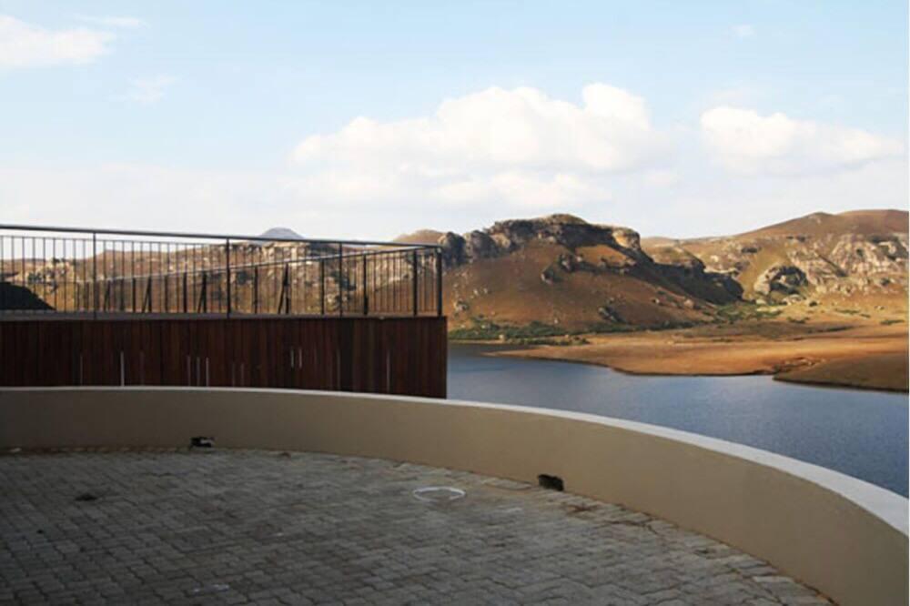 Luxury Double Room, Lake View - Balcony