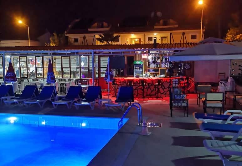 Nefis Hotel, Fethiye, Havuz