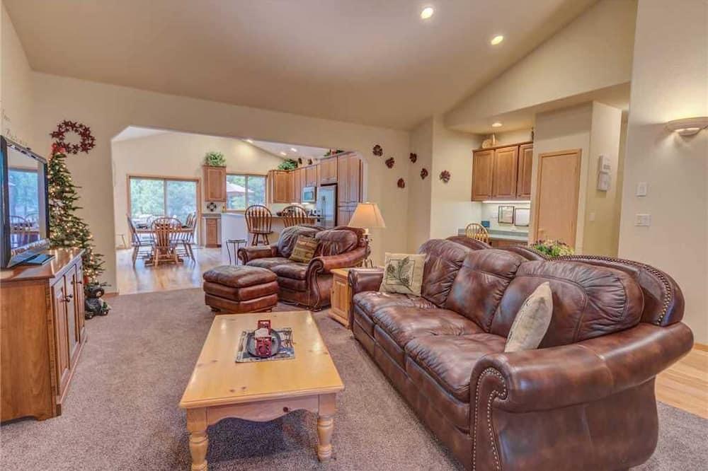 獨棟房屋, 多張床, 熱水浴缸 - 客廳