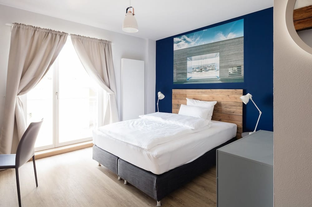 Deluxe Double Room, Accessible, Private Bathroom - Guest Room