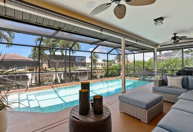 Fantastic Waterfront Vacation ...spacious And Trendy! 3 Bedroom Home, Marco Island, Ferienhaus, 3Schlafzimmer, Pool