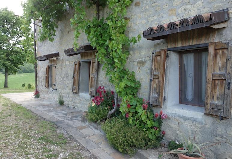 聖山民宿, Monterenzio, 庭院
