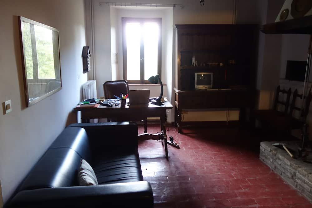 Familjelägenhet - 2 sovrum - kök - bottenvåning - Vardagsrum