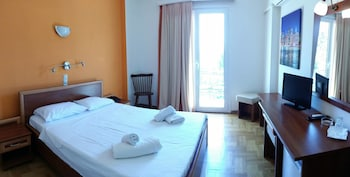 Φωτογραφία του Ξενοδοχείο Ακτή, Λουτράκι-Άγιοι Θεόδωροι