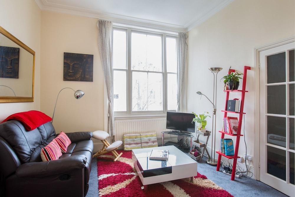 Exotic Chalk Farm Home Close To Regents Park London