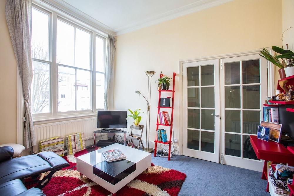 Exotic Chalk Farm Home Close To Regents Park London Apartment 1 Bedroom