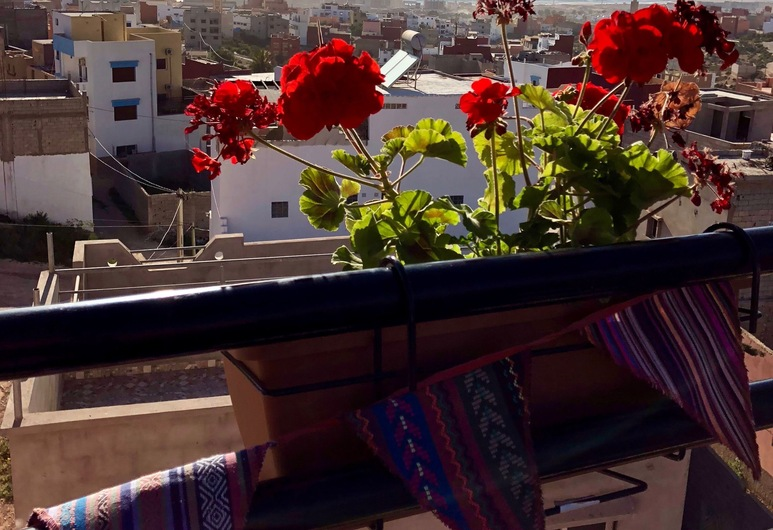 Offshore Surf House Morocco, Aourir, Terrasse/veranda