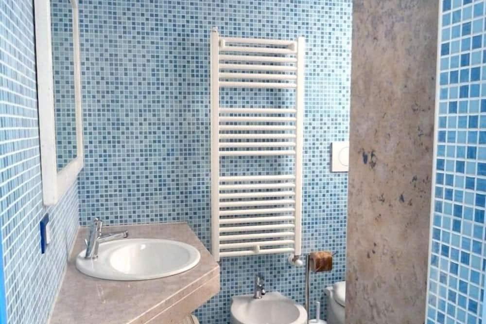 Habitación cuádruple, 2 habitaciones, planta baja - Baño