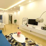 2 Bedrooms Apartment, Mountain View - Living Area