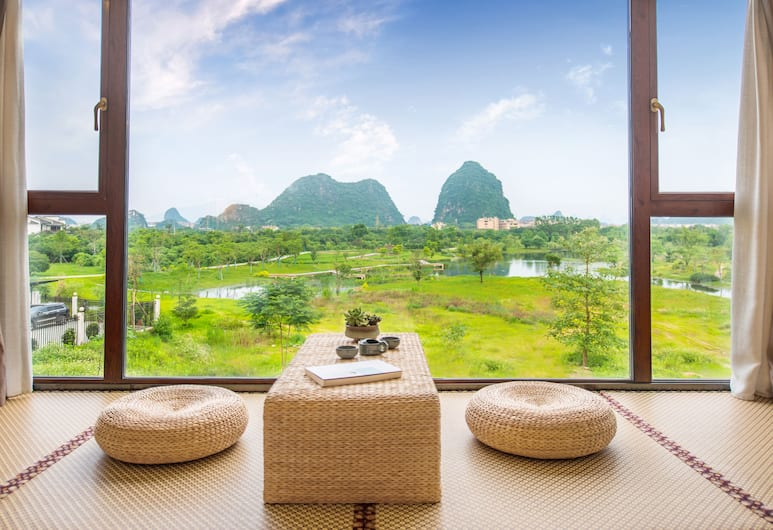 Peach Blossom Resort Hotel, Guilin, Panoramic Double Room, 1 Bedroom, Bathtub, Hill View, Guest Room
