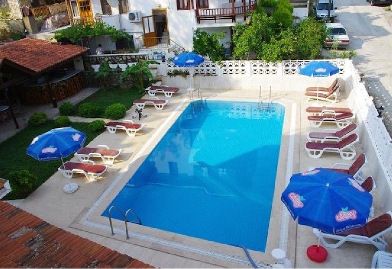 Halis Han Hotel, Ula