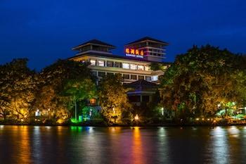 Guilin bölgesindeki Rong Hu Hotel resmi