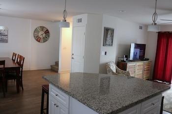 Picture of 370 San Luis 3 Bedrooms 2.5 Bathrooms Condo in Pismo Beach